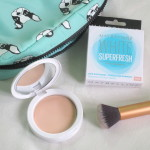 Maybelline White Super Fresh Compact in 'Pearl'.