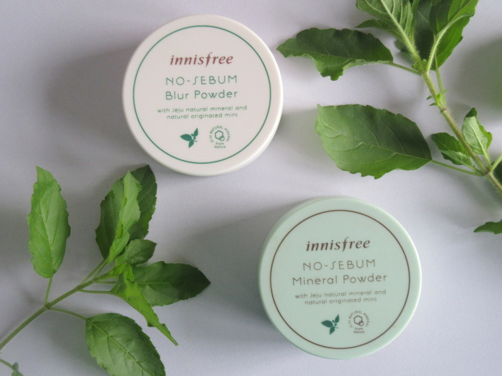 Innisfree No Sebum Mineral Powder vs Innisfree No Sebum Blur Powder