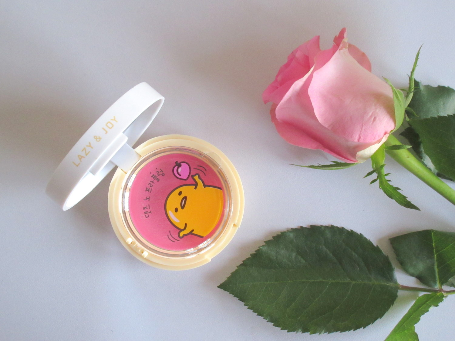 Holika Holika X Gudetama Jelly Dough Blusher in 'PK01 Plum Jelly'