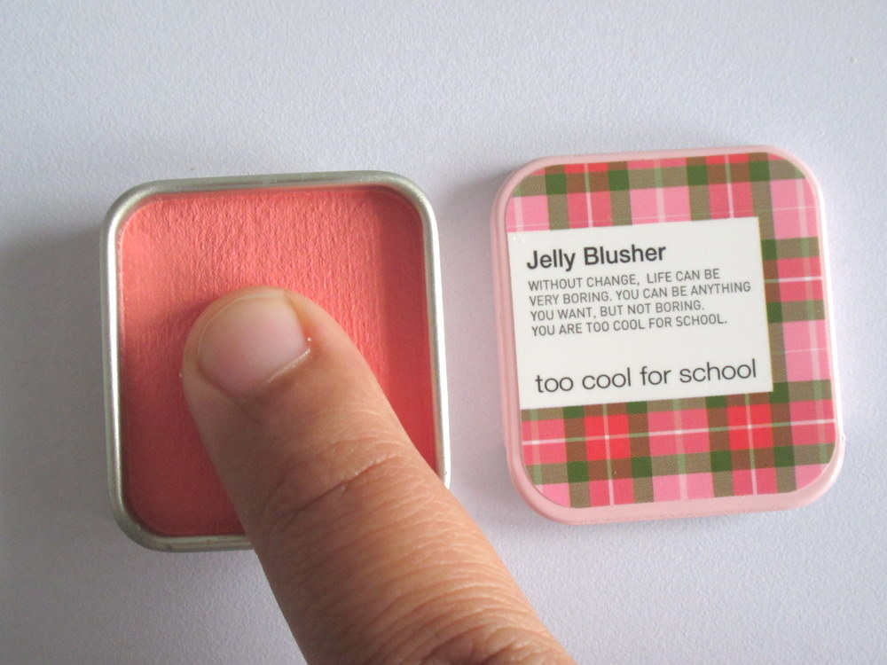 Too Cool For School Check Jelly Blusher in #03 Peach Nectar